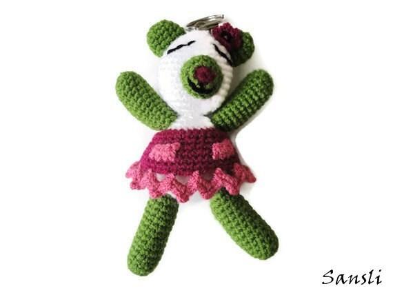 women's keychain-key ring-women's accessories-women's gifts-crochet accessories-crochet keychain-birthday gifts-animal keychain