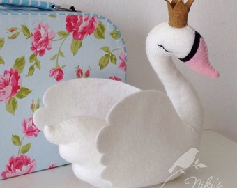 White swan with a golden crown - freestanding decor - LARGE 20 cm - ready to ship