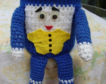 Hand knit cover or puppet
