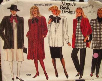 Vintage Vogue Maternity Pattern 1261: Mix and Match Basic Design Wardrobe Misses Size 6-8-10