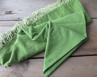 Vintage Green Tablecloth Fringed Round Picnic Tablecloth