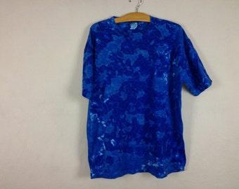 blue tie dye shirt size L