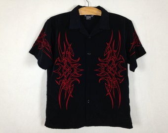 90s tribal shirt size XS/S