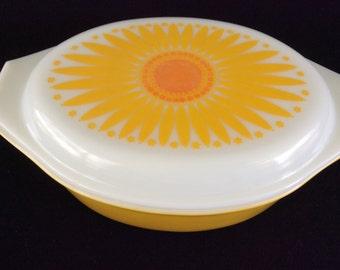 Pyrex Sunflower casserole