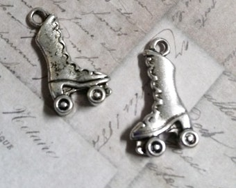 Roller Skate Charms Antiqued Silver Roller Skate Pendants Roller Derby Charms Skating Charms BULK Charms Wholesale Charms 50pcs