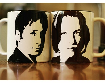 Mulder and Scully, David Duchovny, Gillian Anderson, X Files, Californication, Hannibal,  cup set