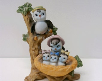 Vintage Chalkware Bluebird Family Figure Statue bird in nest