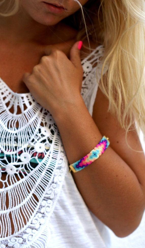 Chunky Chain Friendship Bracelet.