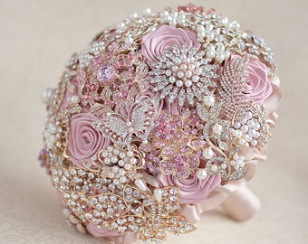 Brooch bouquet. Blush Pink, Ivory and Champagne wedding brooch bouquet, Jeweled Bouquet. Quinceanera keepsake bouquet