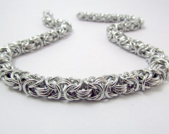 Silver Chainmaille Necklace – Byzantine Chainmaille - Nickel Free Chain Necklace - Handmade Chainmail