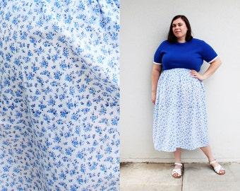 Plus Size - Modern Vintage Blue Floral Print Swing Skirt (Size 1X-3X)