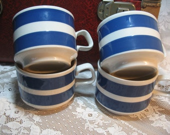 Cups blue and white year 70 England