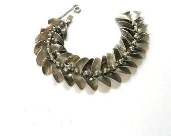 Floral Leaf Link Chain Bracelet Silver Tone Marino