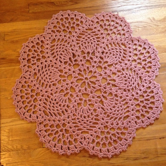 Pink Crochet Doily Accent Rug Pineapple Design 35 Inches