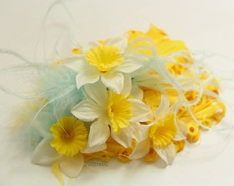 Daffodil Debut  yellow hair clip, daffodil headpiece, yellow flower hair clip, tea party fascinator, dance costume, tea party hat, summer