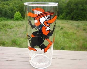 Vintage Beaky Buzzard Comic Character Glass, 1973