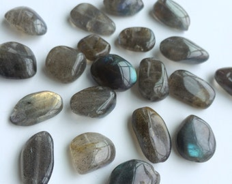 Labradorite Pebbles, Genuine Labradorite Nuggets, 18mm, 18Pcs