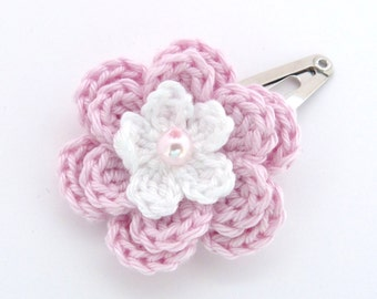 1 Pale pink and white crochet flower hair clip