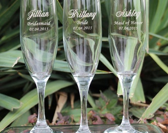 5 Personalized Wedding Gift Ideas, Bridesmaid Champagne Glasses, Toasting Glasses, Engraved Bridesmaid Gifts, Engraved Champagne Flutes