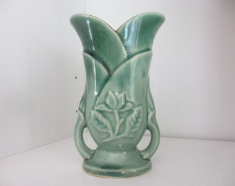 Green 6 in tall Vase