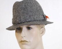 Vintage 1970s Men's Irish Walking Hat / Men's Wool Hat / Size 7 1/8 - Tweed Wool Country Hat / Made in Ireland / Decorative Fishing Fly