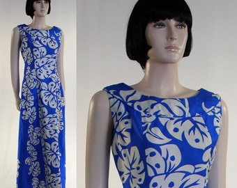 Vintage 1970s Ladies Blue Hawaiian Maxi Dress Liberty House Honolulu Royal Summer Dress - Monstera Leaf Print - Double Waterfall Back Pleat