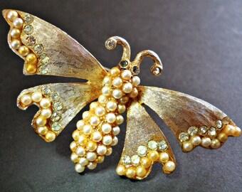 Art Deco Butterfly LEDO Brooch-Pin, Pearl Rhinestones Gold Tone, Vintage