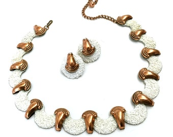 """Matisse Renoir """"California Dreamin"""" White Necklace and Earring Demi"""