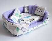 cosy cuddle cup / bed / lounge with waterproof blanket and 5 pillows for guinea pigs or hedgehogs (sheep/lavender)