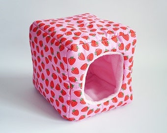 cosy cuddle cube for guinea pigs (strawberries/rose)
