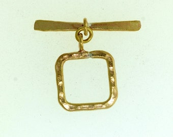 Hill Tribe Toggle, Bronze Hill Tribe Toggle, Square Toggle. Size: 19mm x 19mm