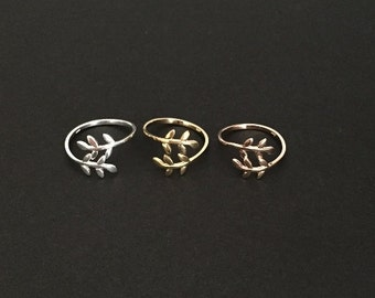 Adjustable Leaf Ring. Sterling Silver. Gold. Rose Gold Ring. Cute Leaf Ring. Stackable Ring. Friendship Ring. Everyday Jewelry. Leaf Ring.