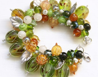 Glass lampwork green gooseberry and currant bracelet with silver color leaves