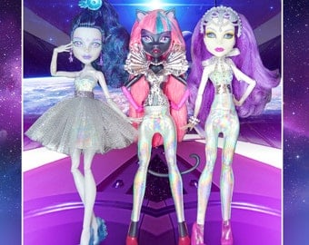 Monster Doll POP of Color COSMIC HOLOGRAPHIC 4 piece Collection fashion doll clothes