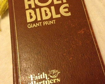 On Sale Vintage Giant Print Holy Bible Jerry Falwell