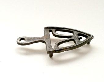 Vintage Folk Art, Miniature Iron Stand, Iron Art, Iron Decor, Cottage Chic Home, Vintage Iron Art,
