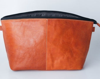 Dslr Camera bag insert in vegetable tanned leather - Padded dividers - colour tanned
