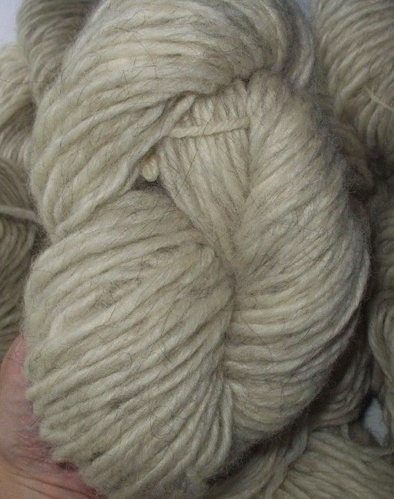 Knitting Patterns Lopi Wool : Bulky Lopi Wool Yarn Icelandic Yarn White Off White Knitting