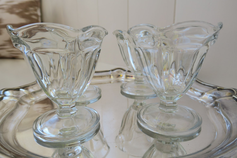 vintage ice cream sundae glasses by rowandwhit on etsy. Black Bedroom Furniture Sets. Home Design Ideas