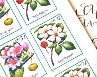 10 Tree Blossom Vintage Postage Stamps // 32 Cent Flowering Tree Stamps