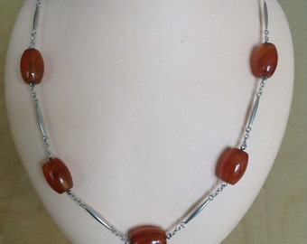 70s silver and cornaline necklace