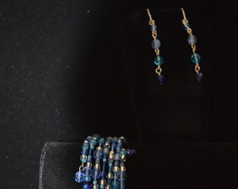 Blue wrapping bracelet and earring set