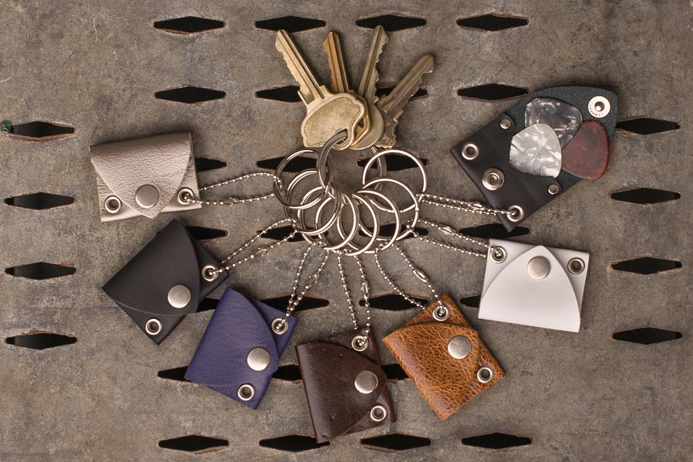 pick pocket keychain guitar pick holders. Black Bedroom Furniture Sets. Home Design Ideas