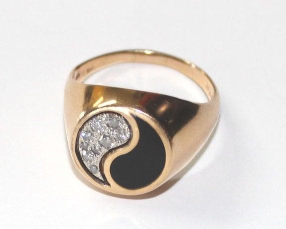 black coral yin yang ring 14k yellow gold 12 size