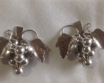 Silver grape cluster clip earrings from taxco