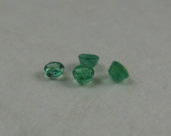 Loose Natural Emeralds 2.4mm, .24 tcw