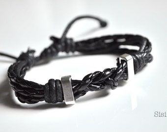 Bracelet three black braiding cords