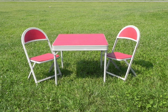 Childrens Table and Chairs Red and Beige Metal Vinyl – Vintage Kids Table and Chairs