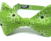 Atomic Green Bow Tie - bowtie, bow ties, bowties, geek, nerd, geeky chic, nerdy, math, physics, science, scientist, cool, fun