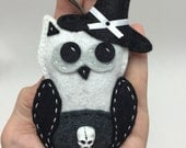 Felt Halloween Ornament - Witch Owl with Skull